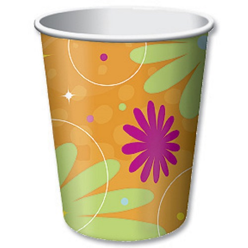 Birthday style paper party cups