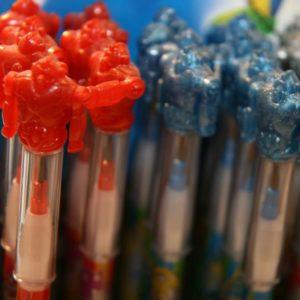 Robot topper pencils