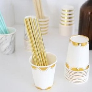 gold scalloped edge paper cups